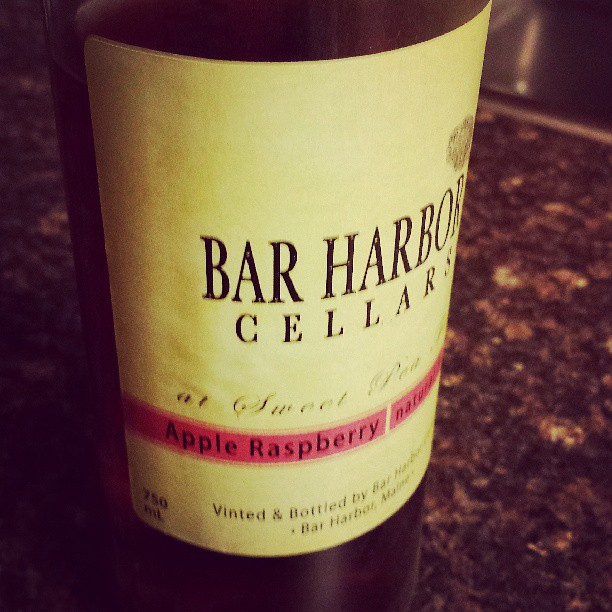 Bar Harbor Apple Raspberry Wine